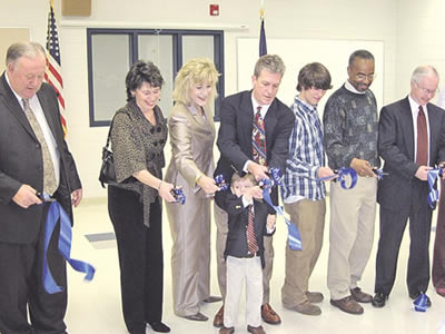 CAD ribbon cutting